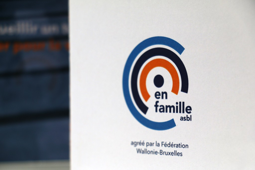 Logo En famille